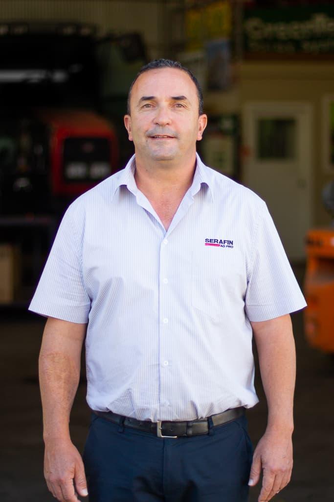 Serafin Ag Pro Staff Adrian De Marco 1